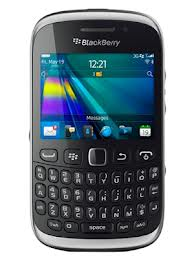 Review: Blackberry Curve 9320 - Scores over Curve 9220